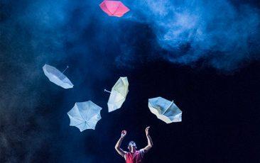 Acrobuffo's Air Play