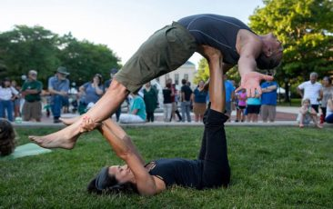 Retreat: AcroYoga<br>with Jim Gilligan